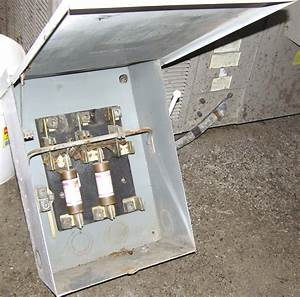 Fuse Box Outside A House : cookees drive in all new electrical systems install ~ A.2002-acura-tl-radio.info Haus und Dekorationen