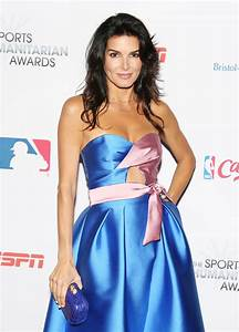 Angie Harmon – Sports Humanitarian of the Year Award in ...