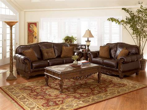 Living Rooms With Leather Sofas : Brown Leather Sofa Orange Cushions