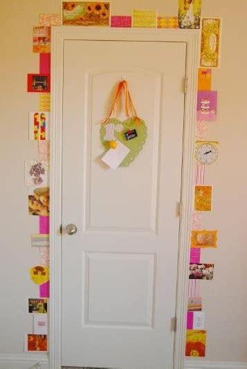 How To Decorate Your Bedroom Door by Creative Ways To Decorate Your Bedroom Door