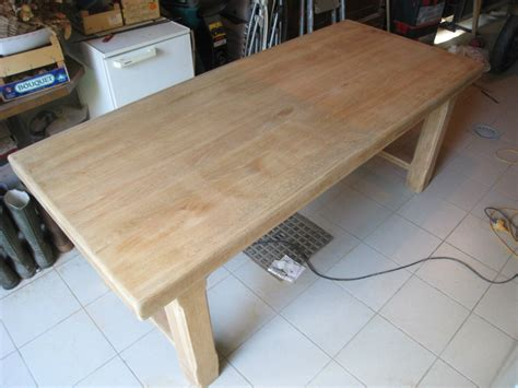 comment transformer une cuisine rustique en moderne eclaircir une table en chêne patines couleurs