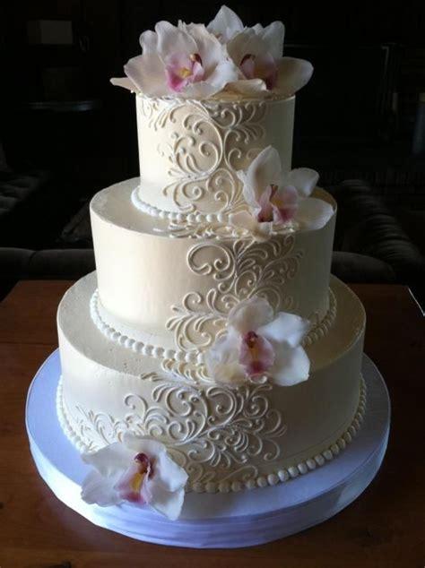 ideas  classic wedding cakes  pinterest