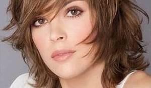 Coupe Courte Pour Visage Rond : coupe de cheveux mi long pour visage rond ~ Melissatoandfro.com Idées de Décoration