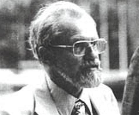 allen hynek biography childhood life achievements