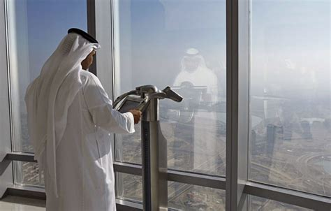 1 month later lookout deck of dubai tower shuts toronto