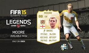 Englands Bobby Moore Added To FIFA 15 Ultimate Team