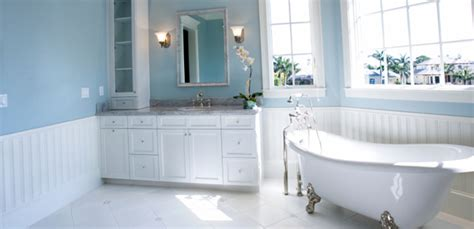 How To Create A Traditional Bathroom