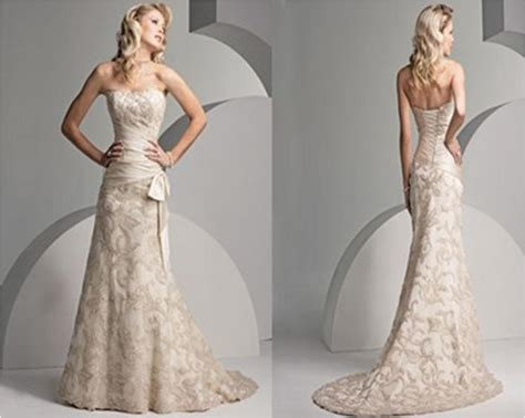 Strapless Lace Mermaid Wedding Gown