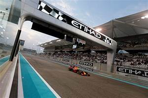 Circuit Yas Marina : yas marina circuit 11 things you need to know about the race ~ Medecine-chirurgie-esthetiques.com Avis de Voitures