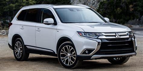 2018 Mitsubishi Outlander Vehicles On Display