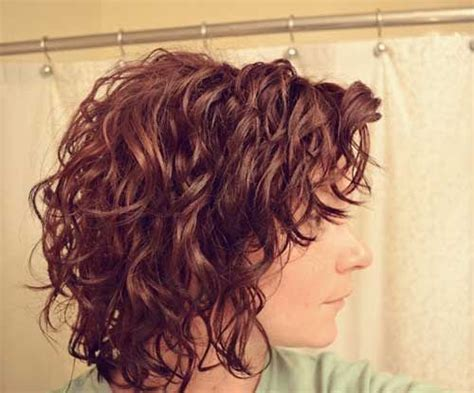 Best 25+ Short Wavy Hair Ideas On Pinterest