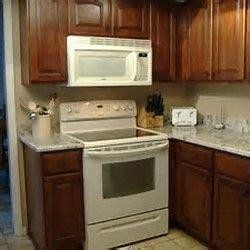 color  paint kitchen cabinets  bisque