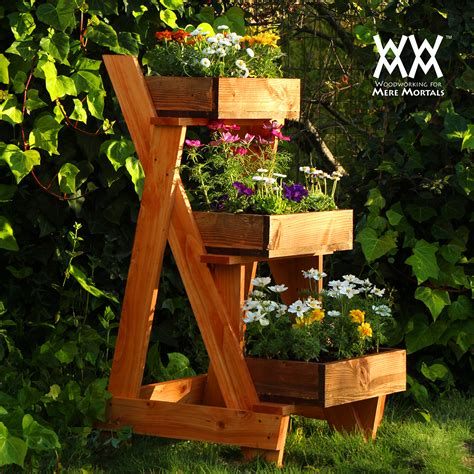 wood pallet planter  diy ideas