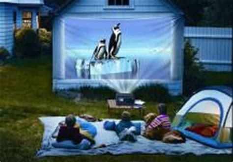 How To Throw A Summer Backyard - throw a backyard summer expertise