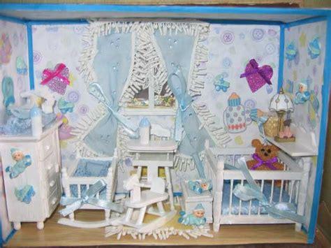 chambre bébé com les vitrines miniatures de danielle