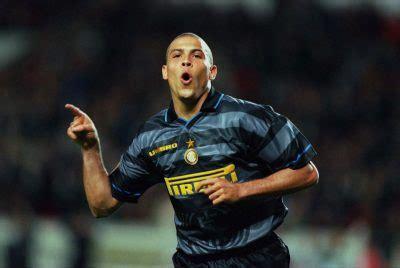 Terceira camisa da Inter de Milão 2020-2021 Nike » Mantos ...