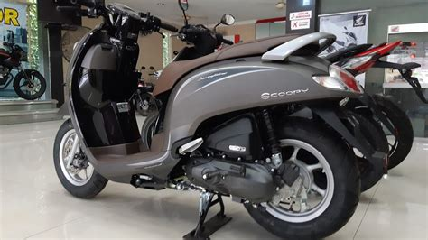 Gambar Motor Honda Scoopy 2019 by Honda Scoopy 2019 Stylish Matte Brown