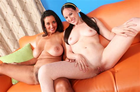 Naked Persia Monir In Fuck My Mom And Me 10