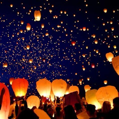 dove comprare lanterne volanti notte sotto le stelle 183 artista 183 la notte delle lanterne