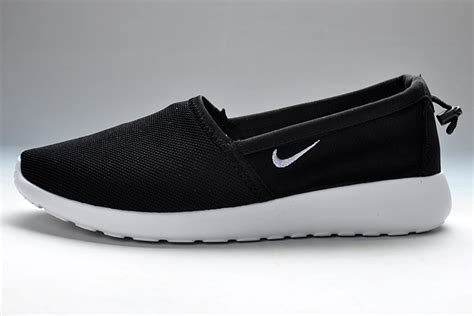 nike free run slip on black white cheap nike roshe run slip on black white 65 00
