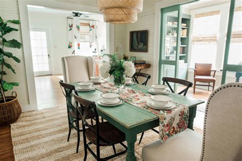 Kitchen Makeovers District by Photos Home Town Hgtv