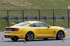 First ride impressions of 2015 Mustang EcoBoost hit the web | Mustangs Daily