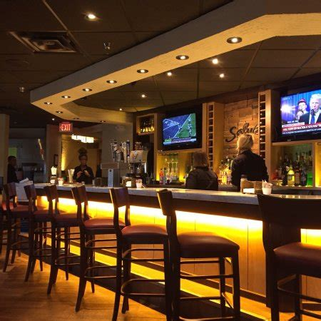 Does Olive Garden A Bar by Fancy New Bar Area Au Courant Picture Of Olive Garden