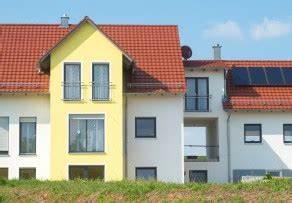 Vergleich Fertighaus Massivbau : mehrfamilienhaus als fertighaus oder massivhaus ~ Michelbontemps.com Haus und Dekorationen