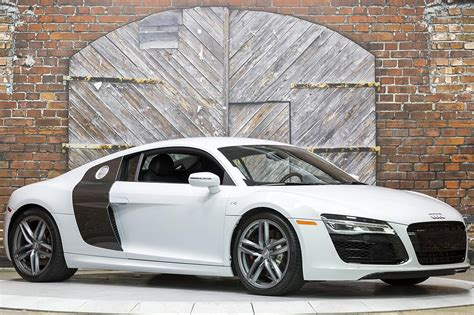 2014 Audi R8 by 2014 Audi R8 V10 S Tronic Coupe