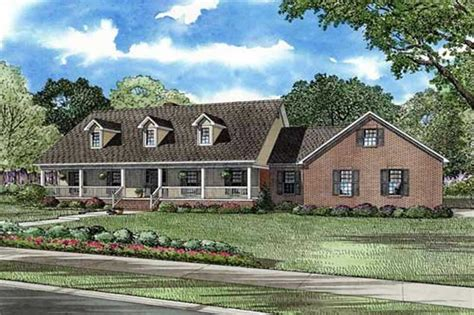 Country Home With 5 Bedrooms, 3496 Sq Ft