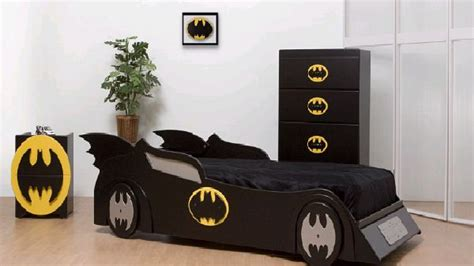 Batman And Spiderman Inspired Bedroom Decorating
