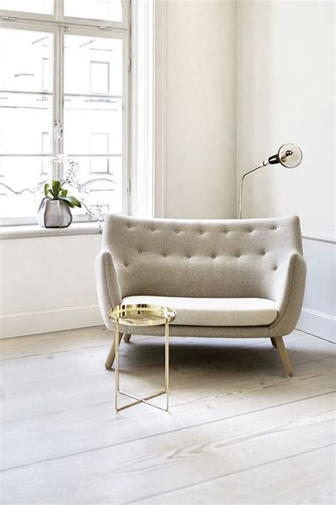 Small Sofas And Loveseats by 25 Best Ideas About Small Sofa On Small