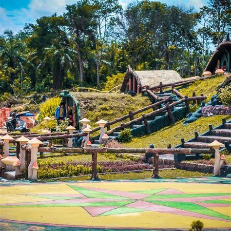 Anak berumur 1 tahun wajib memiliki tiket masuk. Harga Tiket Masuk dan Alamat Taman Wisata Refi Pekanbaru ...