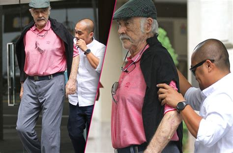 Frail Sean Connery Struggles To Walk Even With Caregivers