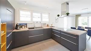 Küchen Und Esszimmerstühle : anthrazit gelbe k che mit holzarbeitsplatte graue ~ Watch28wear.com Haus und Dekorationen