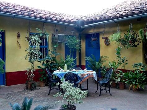 meals on the patio picture of hostal casa colonial el