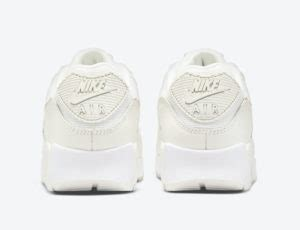 Nike Air Max 90 Beige Snake DH4115-101 Release Date - SBD