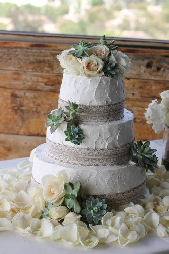 Rustic Wedding Cakes Archives Pattys Cakes And Desserts