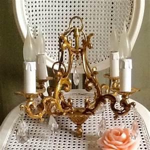 Lustre à Pampilles : lustre cage ancien en bronze 3 branches pampilles de style louis xv ~ Teatrodelosmanantiales.com Idées de Décoration