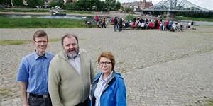 Frühstücken In Dresden : fr hst cken gegen parkplatz an der elbe bund formiert widerstand menschen in dresden ~ Eleganceandgraceweddings.com Haus und Dekorationen