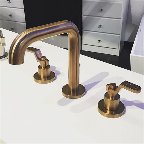 who makes the best kitchen faucets brizo faucets amazon delta tub and shower faucet lever