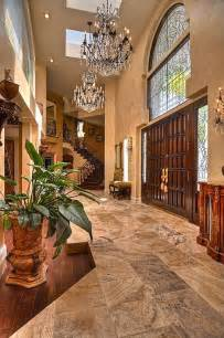 Homes with Grand Foyer Entrance