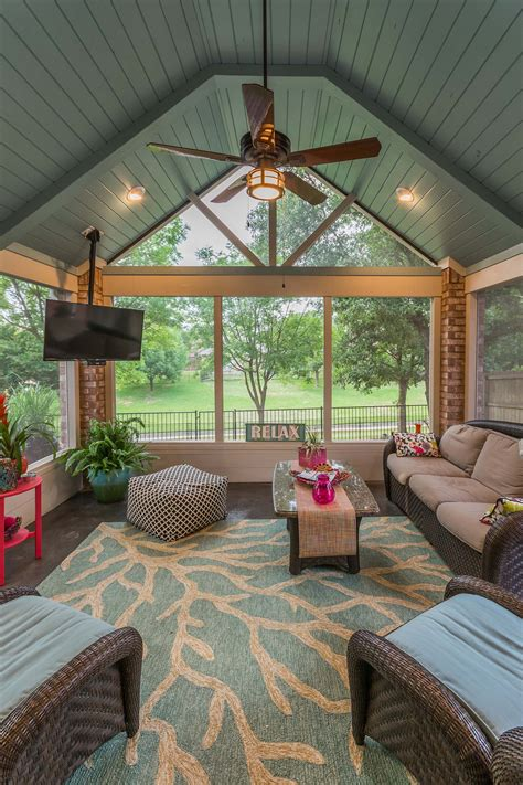 Diy Screened In Porch Decorating Ideas by 38 Amazingly Cozy And Relaxing Screened Porch Design Ideas