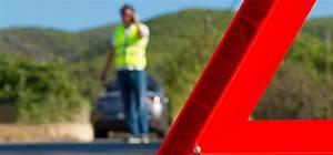 Ethylotest Obligatoire En Voiture : triangle gilet de s curit et thylotest dans une voiture maaf ~ Medecine-chirurgie-esthetiques.com Avis de Voitures
