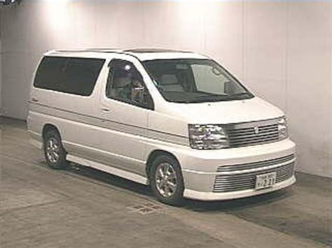 Review Nissan Elgrand by Nissan Elgrand Reviews 2000