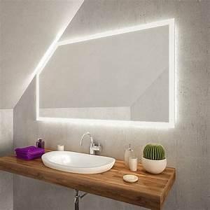 Großer Schminkspiegel Mit Beleuchtung : cuarto led badspiegel mit dachschr ge online kaufen ~ Bigdaddyawards.com Haus und Dekorationen