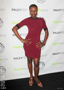 PHOTOS The Walking Dead cast at PaleyFest side-by-side ...