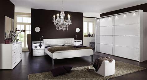 Weißes Schlafzimmer Komplett by Komplett Schlafzimmer Wei 223 Mit Strasssteinen Huddersfield
