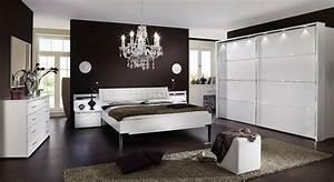 Komplett schlafzimmer wei mit strasssteinen huddersfield for Komplett schlafzimmer