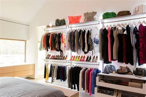placard dressing chambre se retrouver dans dressing même dans un petit espace